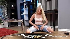 Wetandpissy - piss play in socks, sexy housewives porn
