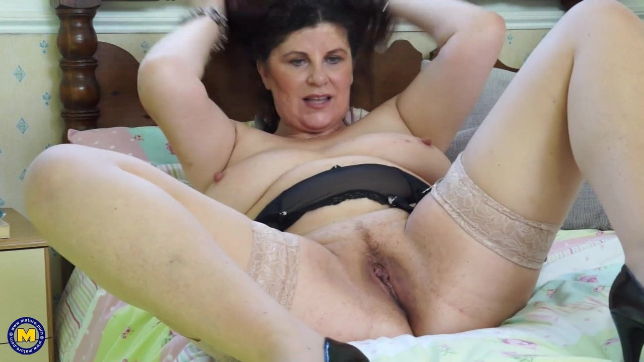Free download & watch busty british mom gilly needs a good fuck          porn movies
