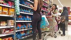Slim Bubble Butt Latina.
