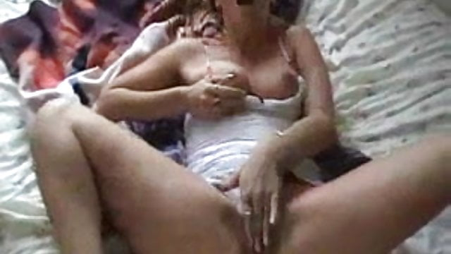 Hot sexy lesbians make out