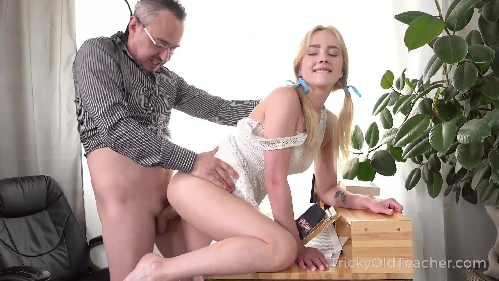 Old Man Fuck Big Tit Blonde
