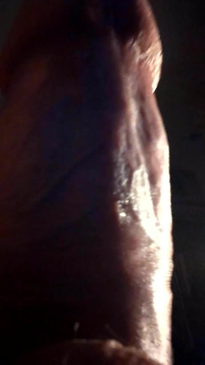 Ultra natural busty brunet fingering