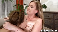 Old GILF pleasured by young hottie brunette