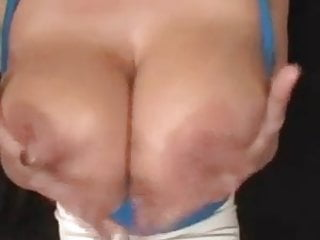 Mature- Oils up Her Tits Just Right