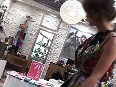 Upskirt Shoe Store 17