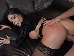 Nikki Capone - The Squirting Housewives's Thumb