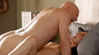 Camilla Luddington Nude Sex Scene In Californication Series