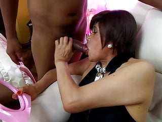 THE LADY IN BLACK ANAL SEX PERVERT