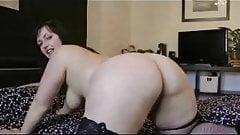 She shows her beautiful ass