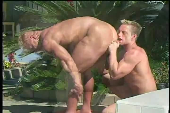free gay bodybuilder porn