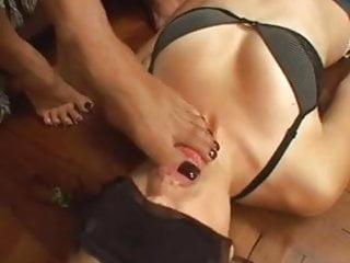 five mistress use lesbian feet slave