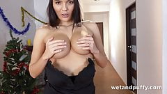 Teen hottie orgasms with vibrator play's Thumb