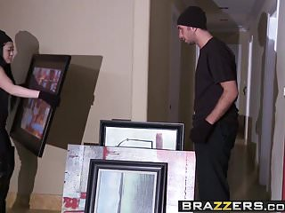Brazzers - Milfs Like it Big -Back Door Robbery scene star