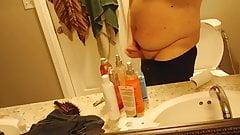 Bretsmahxb jacking off in bathroom