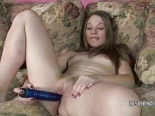 Cute college girl Lina bangs her wet pussy with a toy