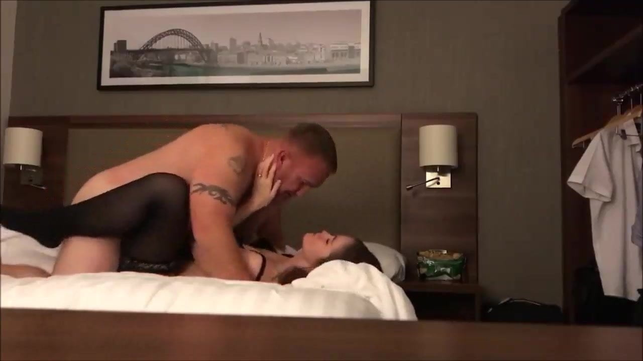 Amateur Wife Cheating Vacation