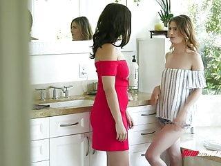 Violet Starr & Kristen Scott Intense Lesbian Sex