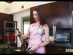POV Anya Olsen Makes you Breakfast and Sucks your Dick