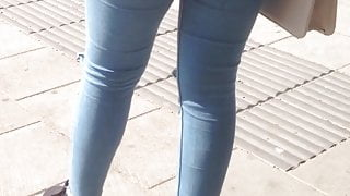 Nice young ass in jeans