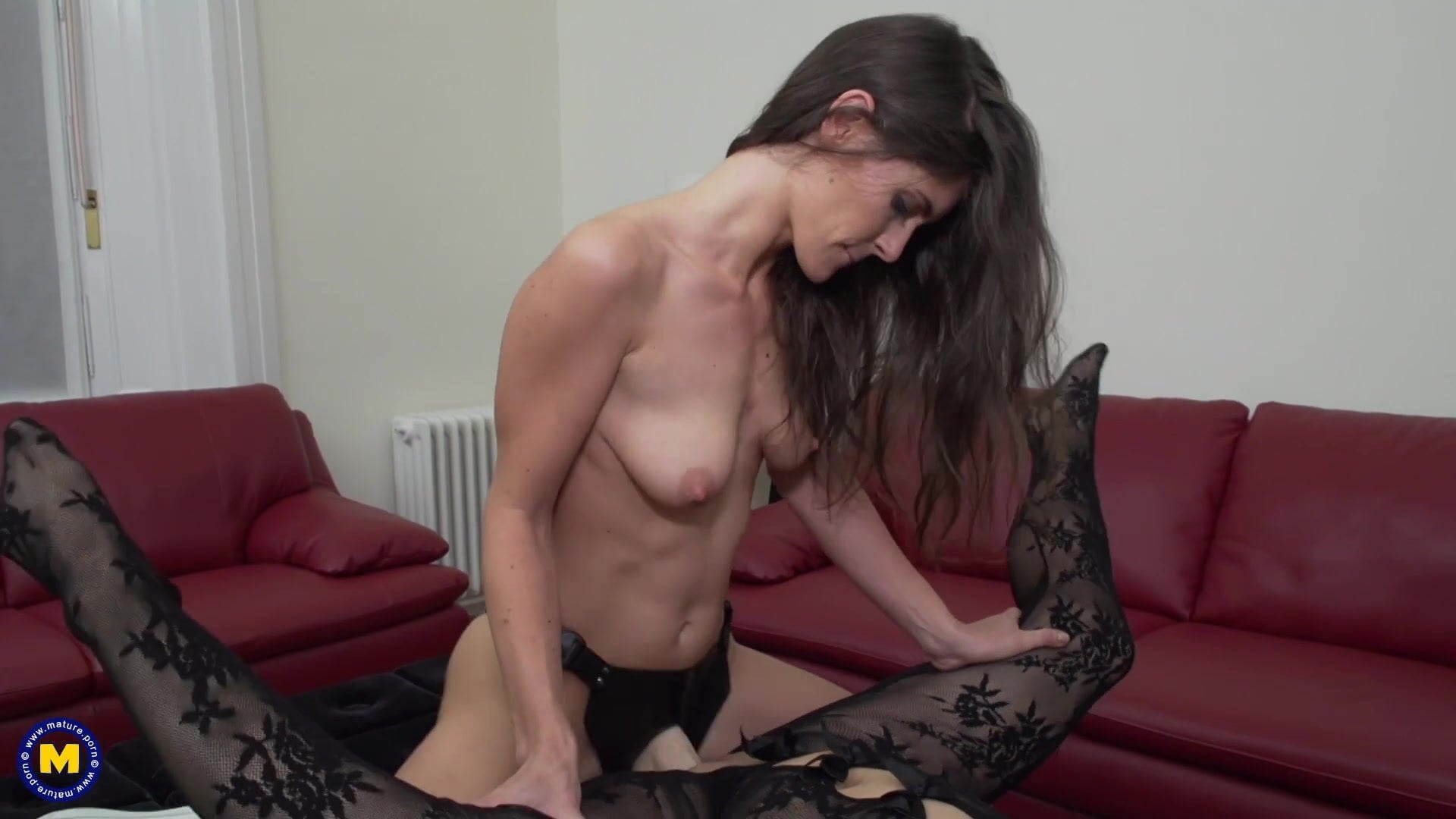 Daughter Fucks Busty Mature Mother With Strapon Hd Porn 72-5379
