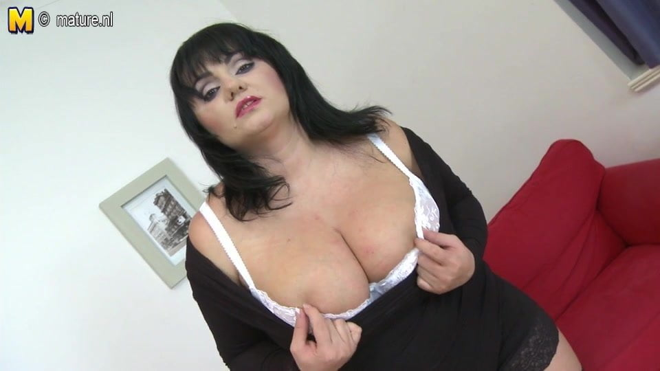 Rubber nympho loves her this mature
