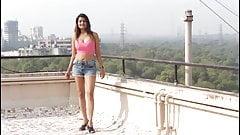 Sneha spreads the word English & Hindi's Thumb