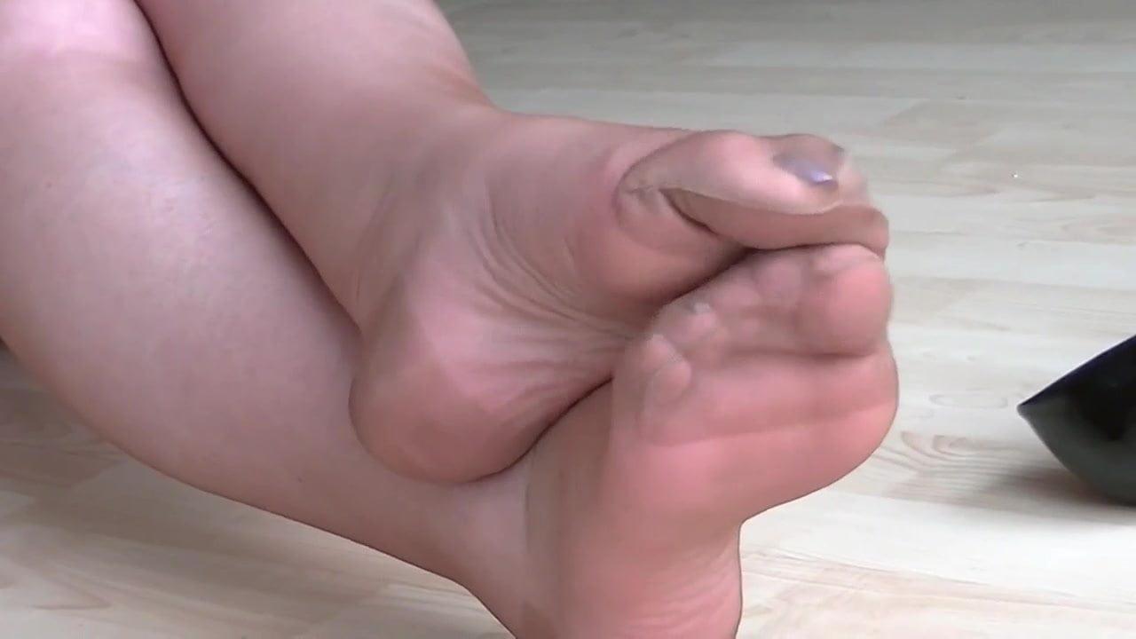 Pantyhose Feet Tube