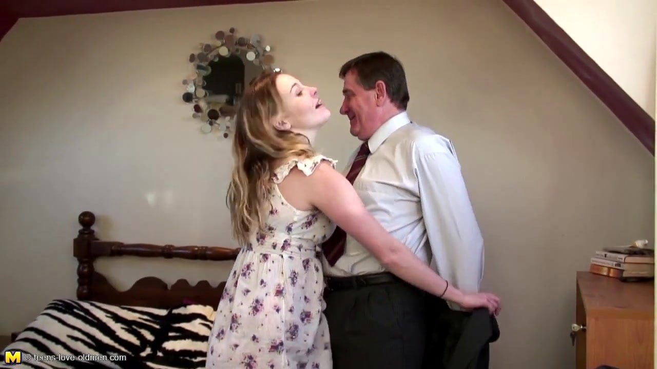 Father fucked his own daughter, old naked men smoking