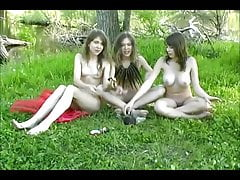 picnic - twins and Katia