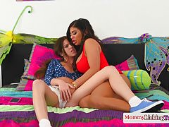 Bigtit milf rimmed and toyed by stepdaughter