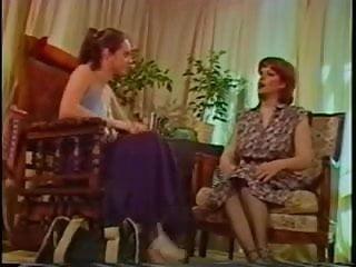 Lez vintage - Holly lez scene