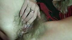 vagina peluda.....mmmmm