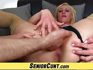 Aged pussy gaping feat. mature wife Dita