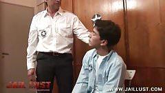 Poor teen inmate ordered to deepthroat his warden
