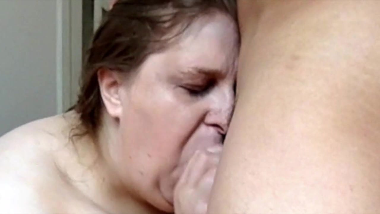Amateurs fucking close up
