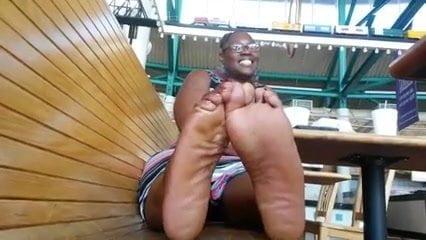 Huge Black Ebony Feet of a nice thick Mississippian Negress