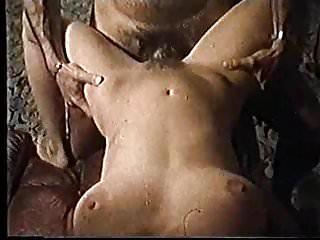 Moana Pozzi sex - Valentina, ragazza in calore (1981)