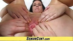 Amateur cougar Danielle a mature vagina POV spreading