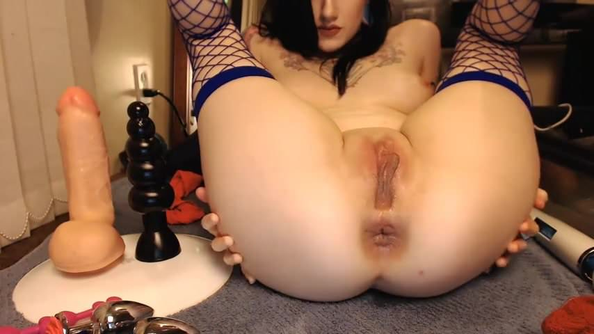 Review adult sites kelley house wife