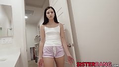 Teen stepsister Violet Rain ass fingered while pussyfucked