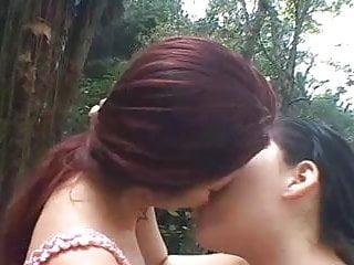 Tatthy and Miriam kissing