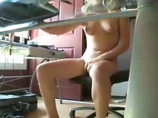 Blonde tries to masturbate while watching porn