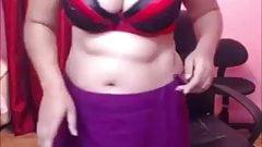 Bajar Eke Lalakka Sinhala song Hansika Sandamali Sexy Dance