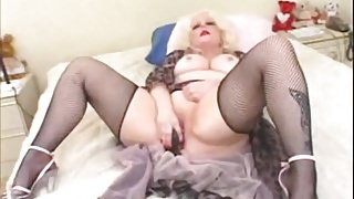 I am Pierced BBW mature with erotic pussy rings in fishnets