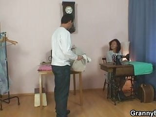 Pussy sewed shu - Sewing oldie please his horny dick