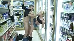 Amateur - Puffy Tit Blond - Fucking in the Kwik-E-Mart
