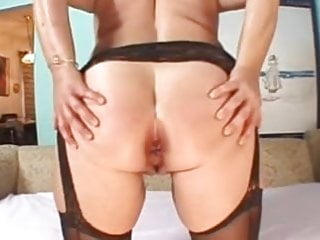 Hairless 40 milf - Sexy over 40s milf lizzy - tight ass hole