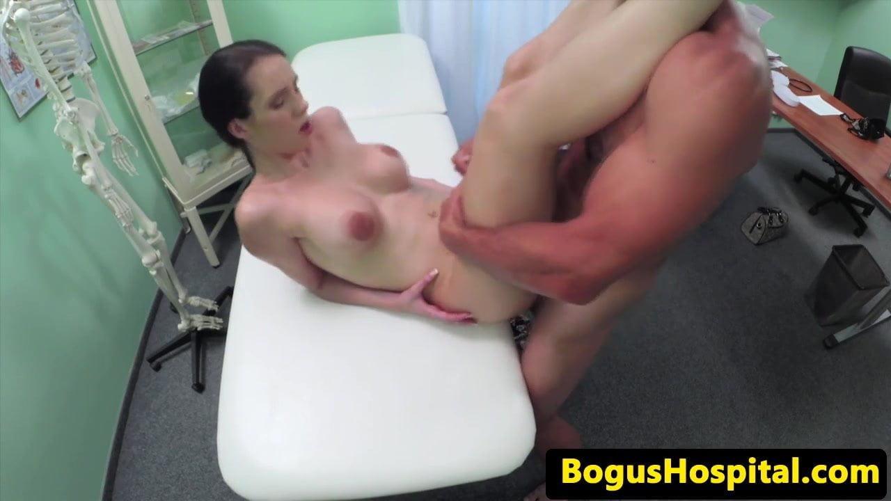 Ужасные порно скрытое камера с врачами порно видео молоком груди