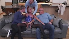 Scouse MILF Squirt and DP's Thumb