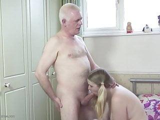 Download video bokep Old father fucks young daughter Mp4 terbaru